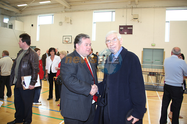 The Count for the Drogheda Borough Council in the Drogheda College of Further Education..Paul Bell Labour Drogheda elected with nearly two quota, shacking hands with retiring Cllr Jimmy Mulroy FF..Pic: www.newsfile.ie