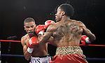 Hairon Socarras gano por ko en 3 asalto a Josh Bowles en el Magic Casino en la  ciudad de Miami  Florida