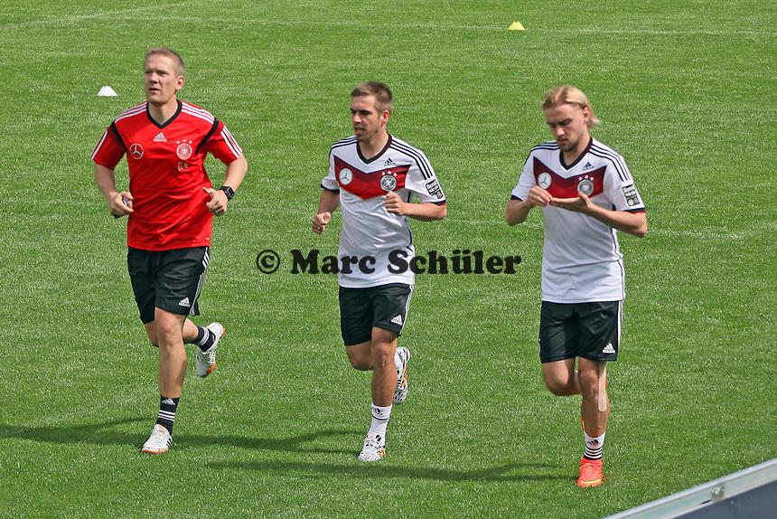 Philipp Lahm und Marcel Schmelzer im Lauftraining - Training der Deutschen Nationalmannschaft  zur WM-Vorbereitung in St. Martin