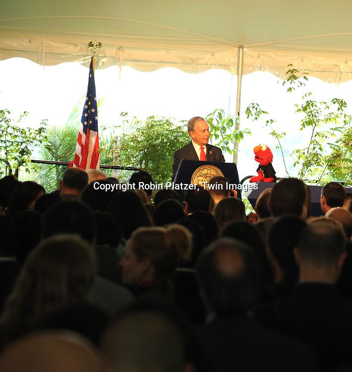 Mayor Bloomberg and Elmo