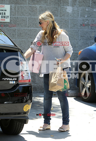 Pregnant actress Sarah Michelle Gellar seen picking up her daughter_Charlotte from dance class in Sherman Oaks, California on 16.06.2012...Credit: Correa/face to face.. /MediaPunch Inc. ***FOR USA ONLY***