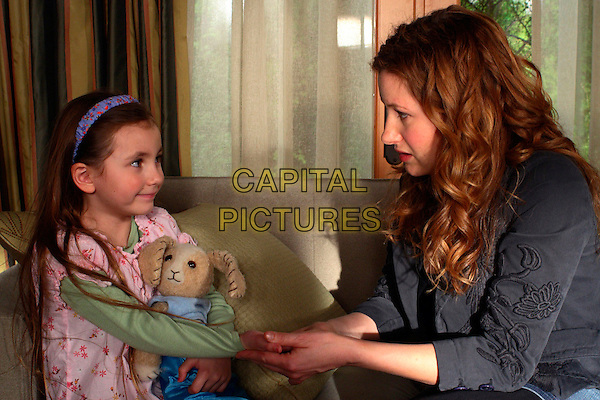 RHIANNON LEIGH WRYN & KATHRYN HAHN.in The Last Mimzy.**Editorial Use Only**.CAP/AWFF.Supplied by Capital Pictures