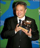 """Ang Lee, laureat du Lion d'Or, pour son film """"Lust, caution"""" - Festival de Venise 2007"""
