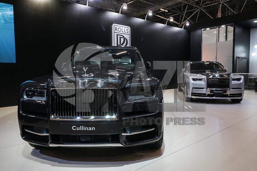 S&Atilde;O PAULO, 08.11.2018  - SALAO DO AUTOMOVEL  - Rolls Royce Cullinan exibidos na 30&ordf; edi&ccedil;&atilde;o do Sal&atilde;o do Autom&oacute;vel nesta quarta-feira (08) no S&atilde;o Paulo Expo, zona sul da capital paulista.<br /> (Foto: Fabricio Bomjardim / Brazil Photo Press)