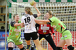 v. li. im Zweikampf &nbsp; Julia Schraml (Frisch Auf Goeppingen Frauen), Lotte Prak (Vulkan-Ladies Koblenz/Weibern) und Anouk van de Wiel (Frisch Auf Goeppingen Frauen)<br /> <br />  im Spiel TPSG FA Goeppingen - VL Koblenz / Weibern.<br /> <br /> Foto &copy; P-I-X.org *** Foto ist honorarpflichtig! *** Auf Anfrage in hoeherer Qualitaet/Aufloesung. Belegexemplar erbeten. Veroeffentlichung ausschliesslich fuer journalistisch-publizistische Zwecke. For editorial use only.