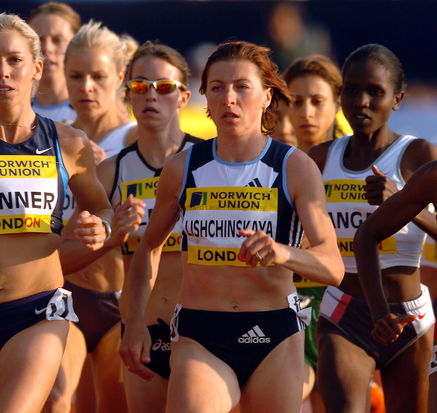 Photo. Henry Browne..Norwich Union London Grand Prix Athletics at Crystal Palace. 30/07/2004..Womens 1500m..Irina Lishchinska in the middle of the pack.