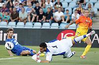 GETAFE, ESPANHA, 15 SETEMBRO 2012 - CAMP. ESPANHOL - GETAFE X BARCELONA - Tello (D) jogador do Barcelona durante lance de partida contra o Getafe em jogo valido pela 4 rodada do campeonato espanhol em Getafe na Espanha, neste sabado. O Barcelona venceu por 4 a 1 e se mantem na lideranca. (FOTO: ALFAQUI / BRAZIL PHOTO PRESS).