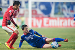 Suwon Midfielder Lee Yongrae (R) fights for the ball with Guangzhou Midfielder Liao Lisheng (L) during the AFC Champions League 2017 Group G match Between Suwon Samsung Bluewings (KOR) vs Guangzhou Evergrande FC (CHN) at the Suwon World Cup Stadium on 01 March 2017 in Suwon, South Korea. Photo by Victor Fraile / Power Sport Images