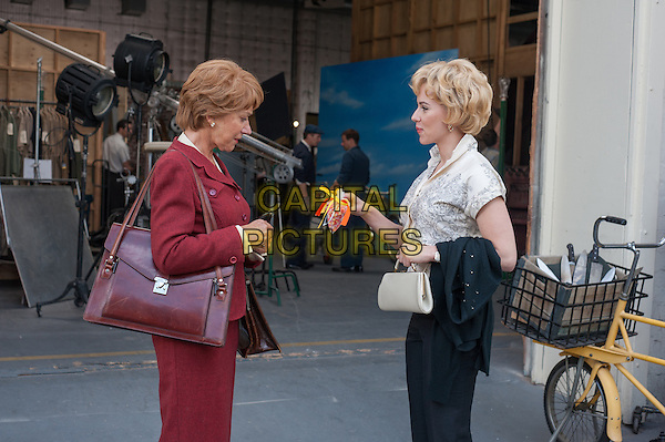HELEN MIRREN, SCARLETT JOHANSSON.in Hitchcock (2012) .*Filmstill - Editorial Use Only*.CAP/FB.Supplied by Capital Pictures.
