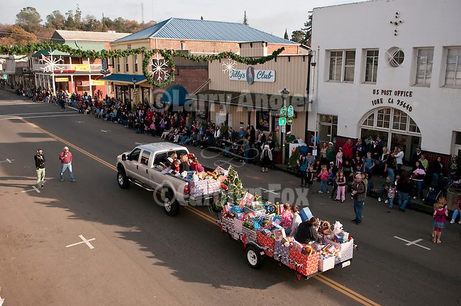 Annual Christmas Parade sponsored by IBCA on Main Street in down town Ione, Amador County, Calif...Toys for the community from Mule Creek State Prison