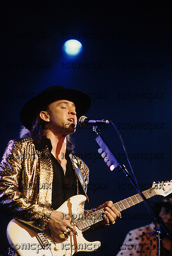 Stevie Ray Vaughan - performing live at the Orpheum Theater in Memphis,TN USA - August 26,1986.  Photo credit: Ebet Roberts / IconicPix
