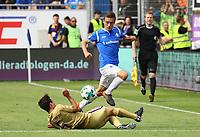 Marvin Mehlem (SV Darmstadt 98) gegen Clemens Fandrich (Erzgebirge Aue) - 13.05.2018: SV Darmstadt 98 vs. FC Erzgebirge Aue, Stadion am Boellenfalltor, 34. Spieltag 2. Bundesliga