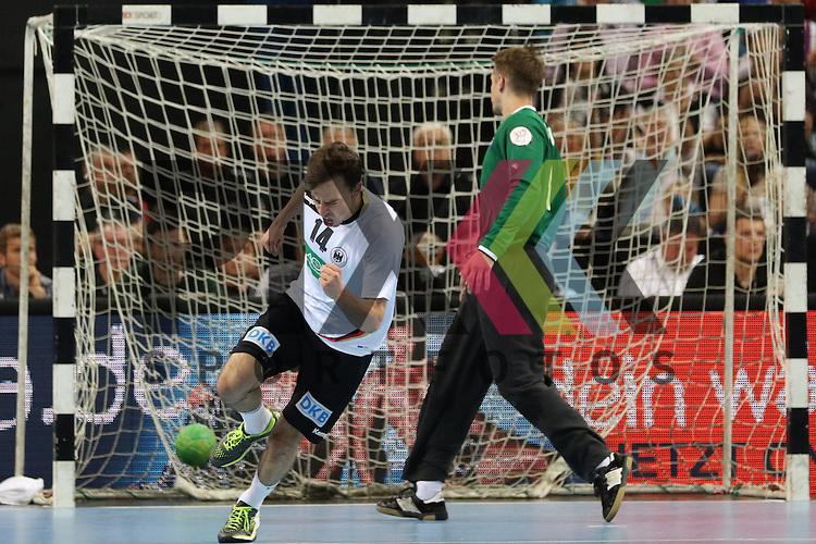 Kiel, 14.06.15, Sport, Handball, L&auml;nderspiel, EM-Qualifikation, Deutschland - &Ouml;sterreich : Patrick Groetzki (Rhein-Neckar L&ouml;wen / Deutschland, #14), Torjubel<br /> <br /> Foto &copy; P-I-X.org *** Foto ist honorarpflichtig! *** Auf Anfrage in hoeherer Qualitaet/Aufloesung. Belegexemplar erbeten. Veroeffentlichung ausschliesslich fuer journalistisch-publizistische Zwecke. For editorial use only.