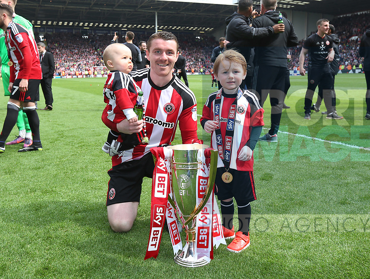 Sheffield United's John Fleck celebrates during the League One match at Bramall Lane, Sheffield. Picture date: April 30th, 2017. Pic David Klein/Sportimage