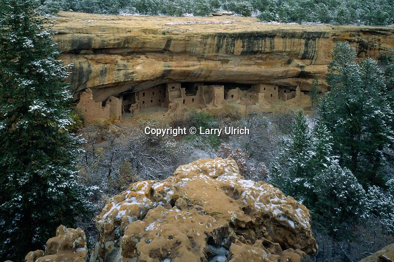 Spruce Tree House<br /> Chapin Mesa<br /> Mesa Verde National Park<br /> Colorado Plateau,  Colorado