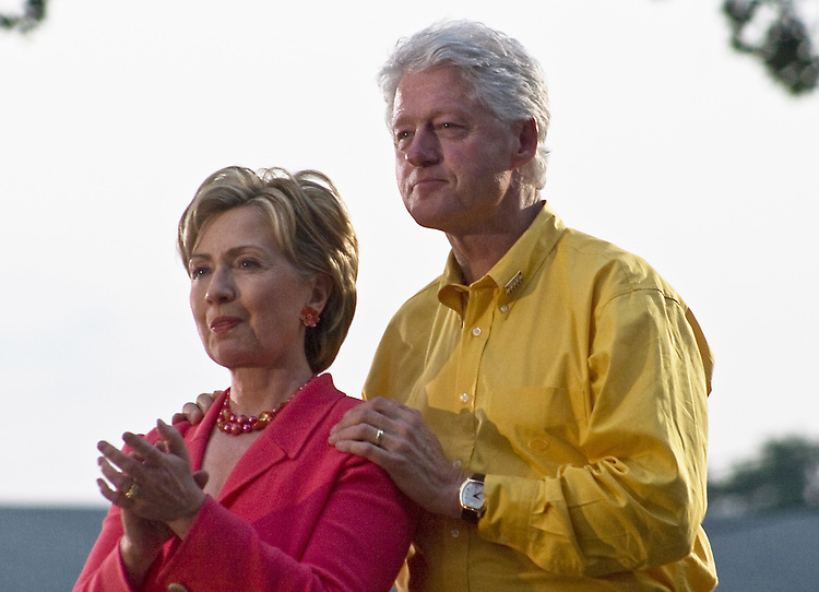 Hillary and Bill Clinton visit Iowa July 3, 3007
