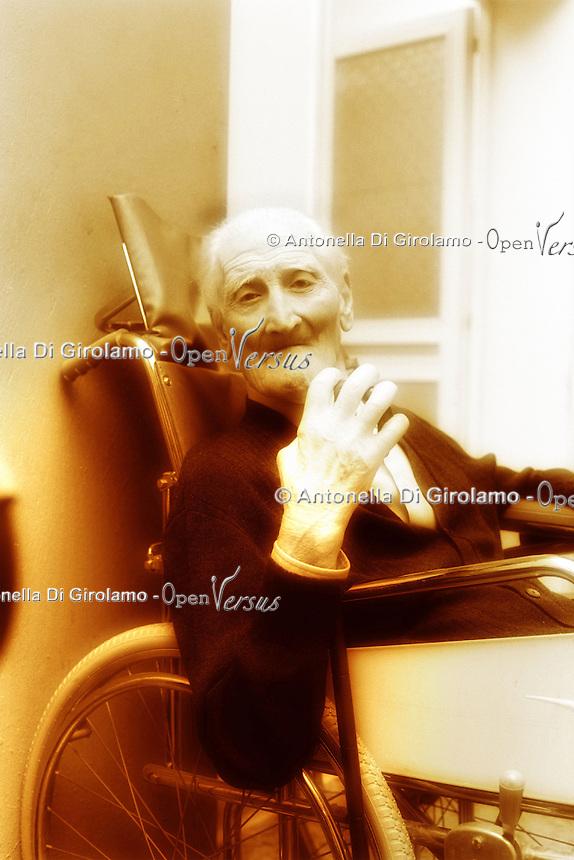 L'estate e gli anziani. Summertime and the elderly....