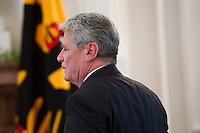 Berlin, Bundespräsident Joachim Gauck am Montag (17.06.13) im Schloss Bellevue aus Anlass des 60. Jahrestages des Volksaufstands vom 17. Juni 1953. Foto: Steffi Loos/CommonLens