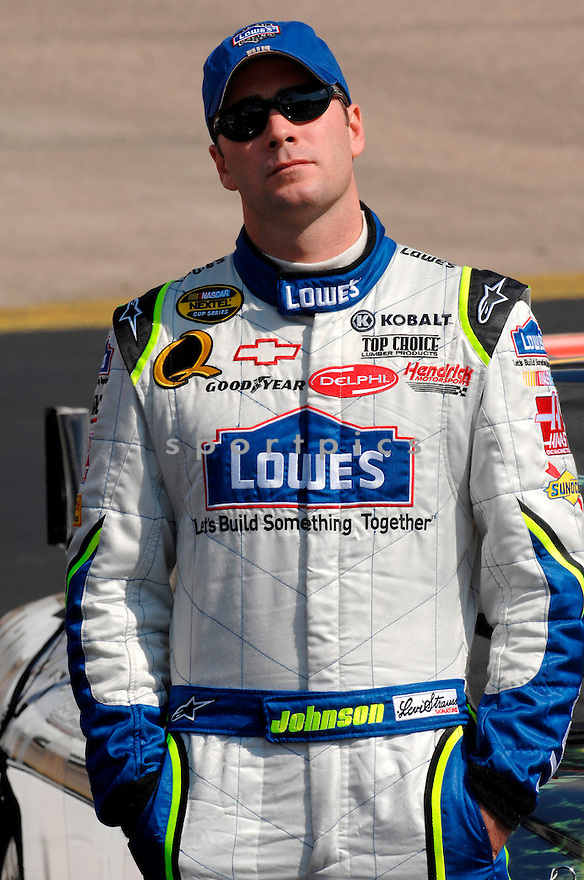NASCAR.DRIVER:JIMMIE JOHNSON.SPONSOR:LOWE'S.CAR NUMBER:48