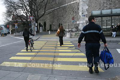 Genève, le 30.01.2008.passage piéton..© Le Courrier / J.-P. Di Silvestro