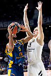 Real Madrid Klemen Prepelic and Herbalife Gran Canaria /Clevin Hannah during Turkish Airlines Euroleague match between Real Madrid and Herbalife Gran Canaria at WiZink Center in Madrid, 20 November 2018. (ALTERPHOTOS/Borja B.Hojas)