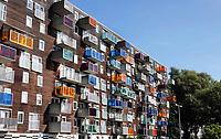 Nederland Amsterdam  2019. WOZOCO. Oklahoma in Amsterdam-West. Woonzorgcomplex voor ouderen in Amsterdam West. Het gebouw is een ontwerp van MVDRV architecten. Foto Berlinda van Dam / Hollandse Hoogte