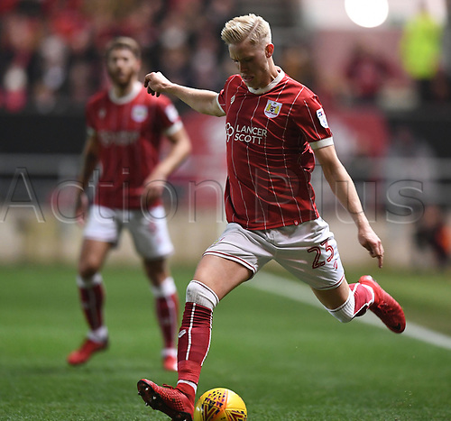 30th December 2017, Ashton Gate, Bristol, England; EFL Championship football, Bristol City versus Wolverhampton Wanderers; Horour Bjorgvin Magnusson of Bristol City crosses the ball into the penalty area