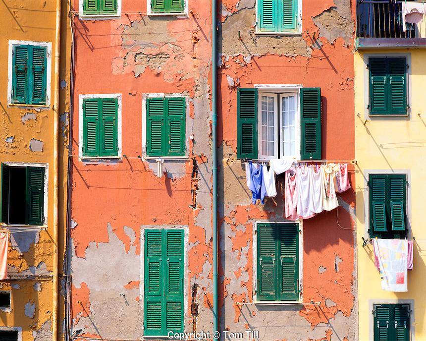 """Windows in Riomaggiore, Cinque Terre National Park, Italy, Italian Riviera, one of the """"five towns"""" of the Cinque Terre"""
