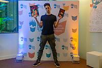 RIO DE JANEIRO, RJ, 05.09.2019 - BIENAL-RJ - Enaldinho na XIX Bienal Internacional do Livro Rio, no Riocentro, Rio de Janeiro nesta quinta-feira, 05. (Foto: Clever Felix/Brazil Photo Press)