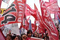 ATENÇÃO EDITOR: FOTO EMBARGADA PARA VEÍCULOS INTERNACIONAIS - SAO PAULO, SP, 15 SETEMBRO DE 2012 – ELEIÇÕES 2012 - COMICIO HADDAD, LULA E MARTA SUPLICY - O candidato a prefeitura de São Paulo Fernando Haddad juntamente com o ex presidente Lula e a Ministra Marta Suplicy realizaram um comício no bairro do Capão Redondo, zona sul de São Paulo(FOTO: LEVI BIANCO / BRAZIL PHOTO PRESS).