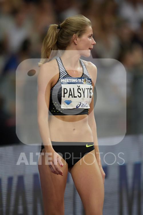 Airine Palsyte ( hauteur femmes )