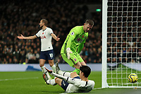 9th November 2019; Tottenham Hotspur Stadium, London, England; English Premier League Football, Tottenham Hotspur versus Sheffield United; Dean Henderson of Sheffield United has words with Son Heung-Min of Tottenham Hotspur as he appeals for a penalty - Strictly Editorial Use Only. No use with unauthorized audio, video, data, fixture lists, club/league logos or 'live' services. Online in-match use limited to 120 images, no video emulation. No use in betting, games or single club/league/player publications