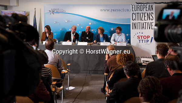 Brussels-Belgium - July 15, 2014 -- Press conference on the registration of the European Citizens' Initiative STOP TTIP and the demand of a stop of the negotiations for TTIP and CETA, held at Press Club Brussels Europe; here, 1-5, le-ri: 1- Lisa ALBERS (Mehr Demokratie e.V.); 2- John HILARY (Executive Director, War on Want, UK); 3- Michael EFLER (spokesperson More Democracy, Mehr Demokratie e.V., Germany); 4- Susan GEORGE (President of the Board of the Transnational Institute Amsterdam TNI, Honorary President of ATTAC-France); 5- Karl BÄR (Baer)(Umweltinstitut München) -- Photo: © HorstWagner.eu
