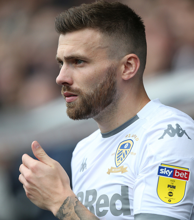 Leeds United's Stuart Dallas<br /> <br /> Photographer Rob Newell/CameraSport<br /> <br /> The EFL Sky Bet Championship - Millwall v Leeds United - Saturday 5th October 2019 - The Den - London<br /> <br /> World Copyright © 2019 CameraSport. All rights reserved. 43 Linden Ave. Countesthorpe. Leicester. England. LE8 5PG - Tel: +44 (0) 116 277 4147 - admin@camerasport.com - www.camerasport.com
