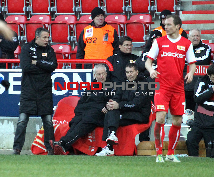 01.02.2014, Stadion an der Wuhlheide, Berlin, GER, 2.FBL, 1.FC Union Berlin vs Arminia Bielefeld, Testspiel, im Bild Cheftrainer (Head Coach) Uwe Neuhaus (1.FC Union Berlin), Co-Trainer Andre Hofschneider (1.FC Union Berlin)<br /> <br />               <br /> Foto &copy; nordphoto /  Schulz
