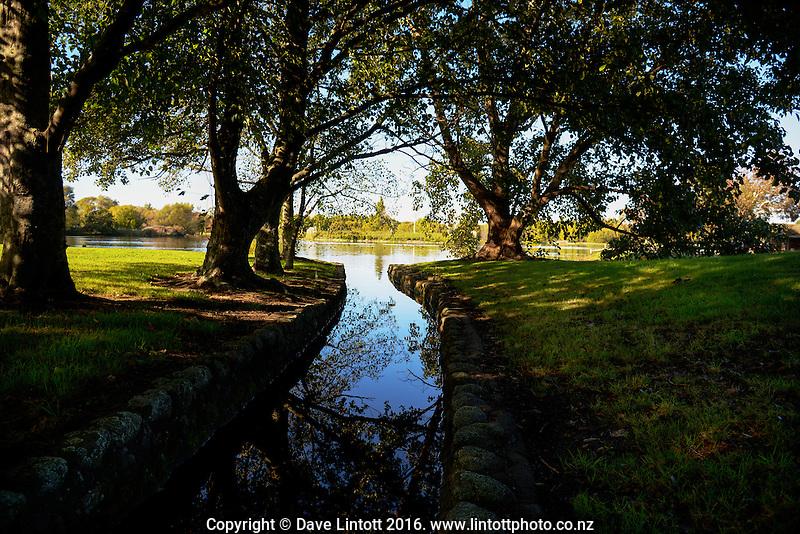 Henley Lake in Masterton, New Zealand on Thursday, 14 April 2016. Photo: Dave Lintott / lintottphoto.co.nz