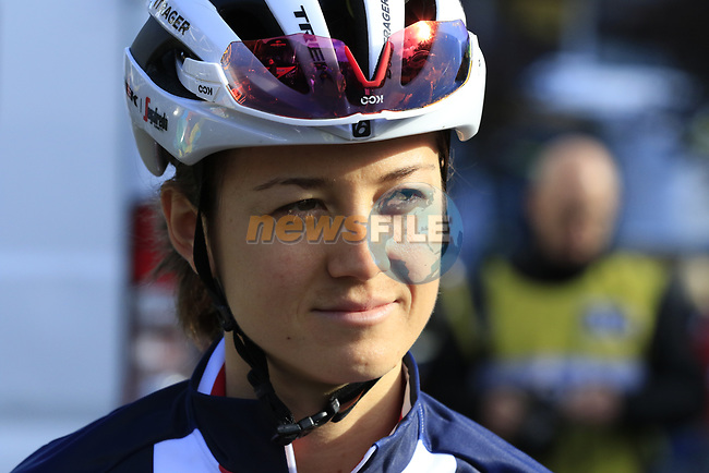 US Champion Ruth Winder (USA) at sign on for the start of the Women Elite Road Race of the UCI World Championships 2019 running 149.4km from Bradford to Harrogate, England. 28th September 2019.<br /> Picture: Eoin Clarke | Cyclefile<br /> <br /> All photos usage must carry mandatory copyright credit (© Cyclefile | Eoin Clarke)