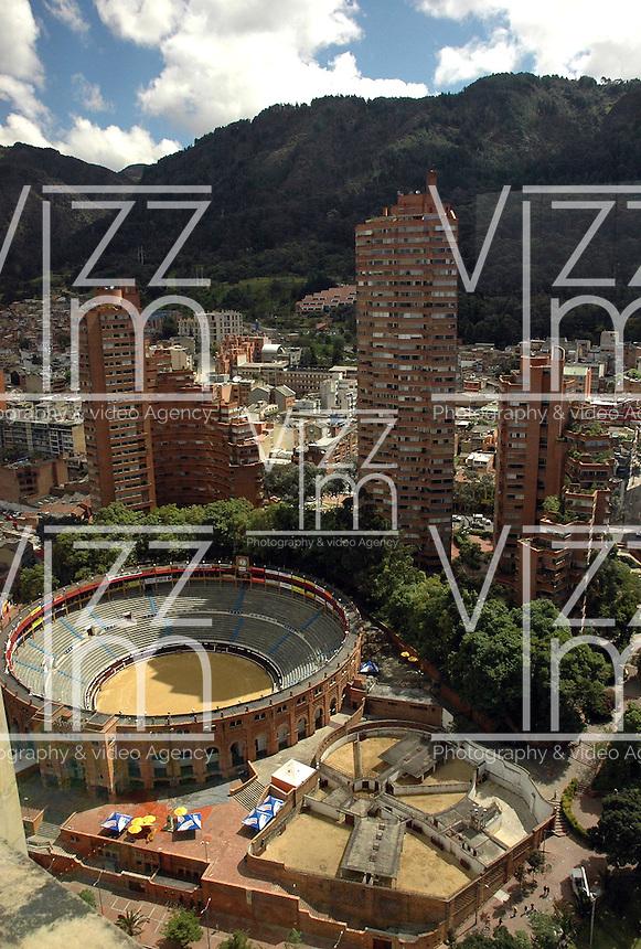 BOGOTA- COLOMBIA: Panorámica de La Plaza de Toros La Santamaria. Panoramic view of the La Santamaria bullring (Photo: VizzorImage / Luis Ramirez / Staff).