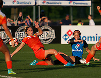 Kansas City, MO - Sunday July 02, 2017: Shea Groom during a regular season National Women's Soccer League (NWSL) match between FC Kansas City and the Houston Dash at Children's Mercy Victory Field.