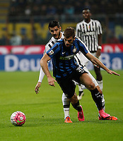Calcio, Serie A: Inter vs Juventus. Milano, stadio San Siro, 18 ottobre 2015. <br /> FC Inter's Davide Santon, right, is chased by Juventus&rsquo; Alvaro Morata during the Italian Serie A football match between FC Inter and Juventus, at Milan's San Siro stadium, 18 October 2015.<br /> UPDATE IMAGES PRESS/Isabella Bonotto