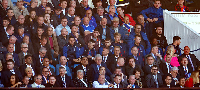 28.09.2018 Rangers v Aberdeen: Rangers fans and players