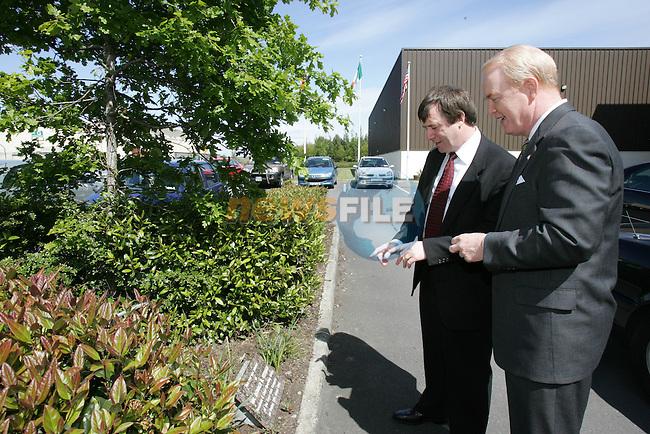 American Ambassador James Kenny visiting Drogheda Concentrates..Photo By Fran Caffrey/Newsfile.ieAmerican Ambassador James Kenny visiting Drogheda Concentrates..Photo By Fran Caffrey/Newsfile.ie