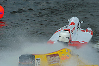 Greg Foster (#14) slams the door on Lynn Simberger (#72) in turn one.    (Formula 1/F1/Champ class)