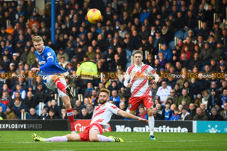 Michael Smith of Portsmouth has a first half shot during Portsmouth vs Stevenage, Sky Bet EFL League 2 Football at Fratton Park on 26th November 2016