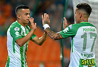 MEDELLÍN - COLOMBIA, 24-08-2018: Omar Duarte (Izq.), jugador de Atlético Nacional celebra con Dayro Moreno (Der.) compañero de equipo el gol anotado a Alianza Petrolera, durante partido de la fecha 6 entre Atlético Nacional y Alianza Petrolera, por la Liga Águila II 2018, jugado en el estadio Atanasio Girardot de la ciudad de Medellín. / Omar Duarte (L), player of Atletico Nacional, celebrates with Dayro Moreno (R) teamate the goal scored to Alianza Petrolera, during a match of the 6th date between Atletico Nacional and Alianza Petrolera for the Aguila League II 2018, played at Atanasio Girardot stadium in Medellin city. Photo: VizzorImage / León Monsalve / Cont.