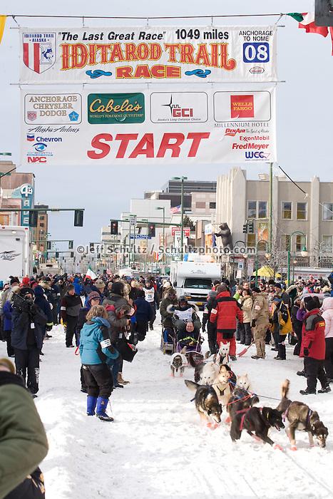 Liz Parrish Anchorage Start Iditarod 2008.