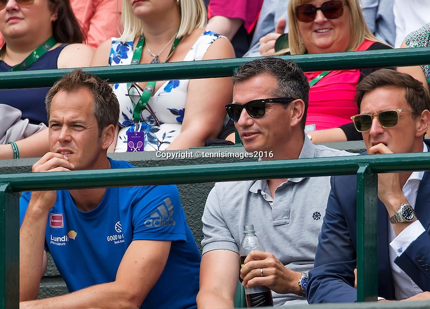 London, England, 28 june, 2016, Tennis, Wimbledon, Richard Krajicek (NED) (M) coach of Stanislas Wawrinka (SUI) left Magnus Norman<br /> Photo: Henk Koster/tennisimages.com