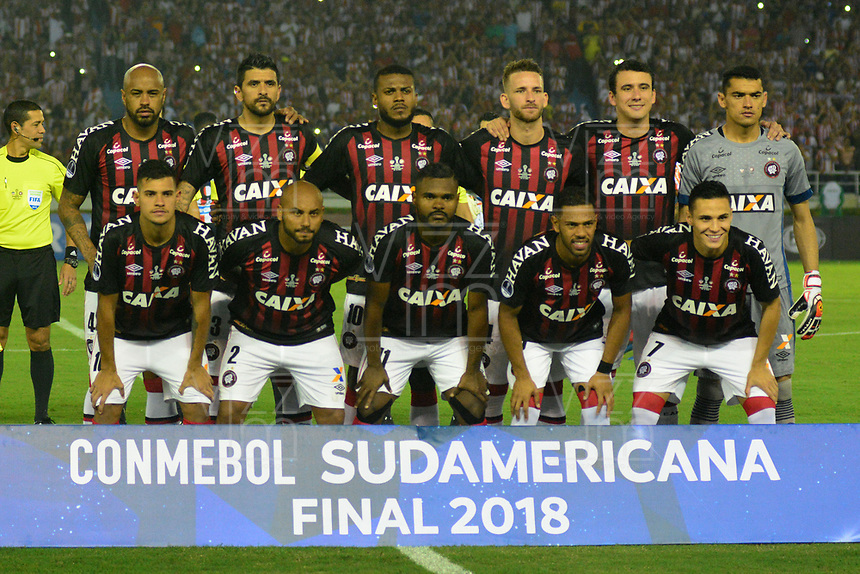 BARRANQUILLA – COLOMBIA, 05-12-2018: Atlético Junior de Colombia e Atlético Paranaense de Brasil (Foto) en partido por la final, ida, de la Copa CONMEBOL Sudamericana 2018 jugado en el estadio Metropolitano Roberto Meléndez de la ciudad de Barranquilla. / Atletico Junior of Colombia  and Atlético Paranaense of Brazil  (Photo) in Final first leg match as a part of Copa CONMEBOL Sudamericana 2018 played at Roberto Melendez Metropolitan stadium in Barranquilla city. Photos: VizzorImage / Alfonso Cervantes / Cont. Atlético Junior de Colombia y Atlético Paranaense de Brasil en partido por la final, ida, de la Copa CONMEBOL Sudamericana 2018 jugado en el estadio Metropolitano Roberto Meléndez de la ciudad de Barranquilla. / Atletico Junior of Colombia and Atletico Paranaense of Brazil in Final first leg match as a part of Copa CONMEBOL Sudamericana 2018 played at Roberto Melendez Metropolitan stadium in Barranquilla city.  Photo: VizzorImage / Alfonso Cervantes / Cont