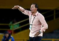 BOGOTÁ - COLOMBIA, 02–05-2018: Rubén Bedoya, técnico de Envigado F. C., durante partido aplazado de la fecha 16 entre Millonarios y Envigado F. C., por la Liga Aguila I 2018, jugado en el estadio Nemesio Camacho El Campin de la ciudad de Bogotá. / Ruben Bedoya, coach of Envigado F. C., during a posponed match of the 16th date between Millonarios and Envigado F. C., for the Liga Aguila I 2018 played at the Nemesio Camacho El Campin Stadium in Bogota city, Photo: VizzorImage / Luis Ramírez / Staff.