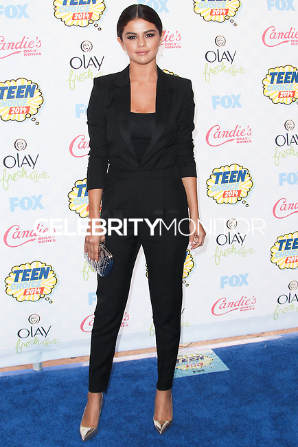 LOS ANGELES, CA, USA - AUGUST 10: Selena Gomez arrives at the Teen Choice Awards 2014 held at The Shrine Auditorium on August 10, 2014 in Los Angeles, California, United States. (Photo by Celebrity Monitor)